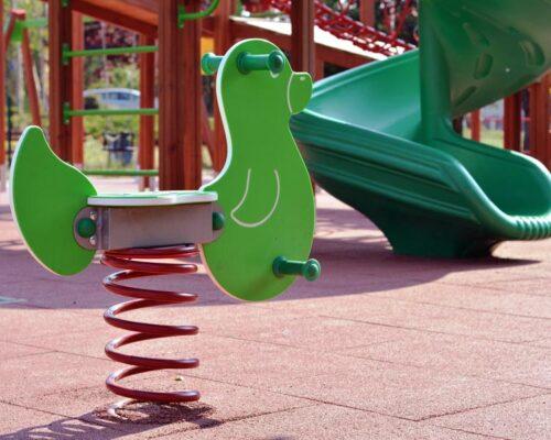 Pavimento caucho parques infantiles Alicante