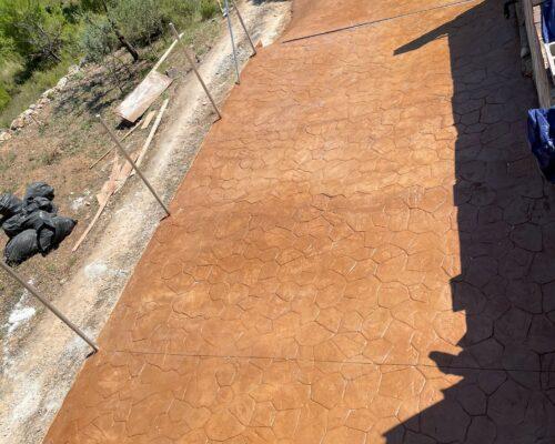 Trabajo realizado en catadau en color 107 y modelo piedra rodena